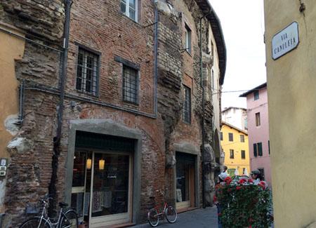 Lucca2014_StudentessaMatta52