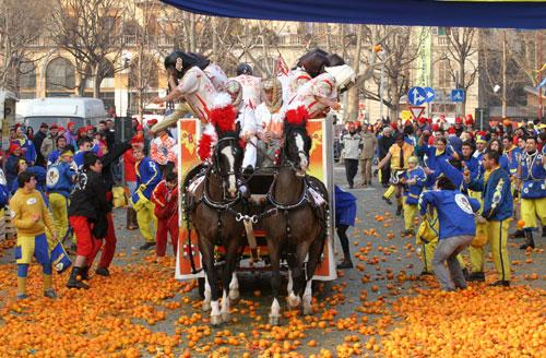 battaglia-delle-arance-carnevale-ivrea-battle-oranges