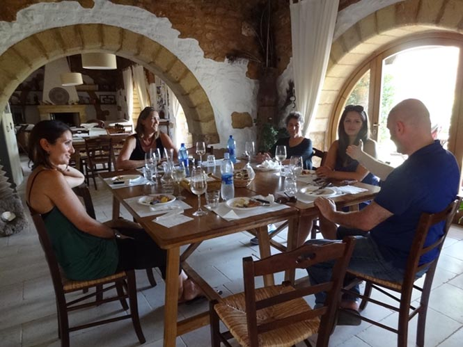 eccoci-puglia-welcoming-italian-language-students-masseria