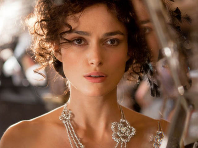 anna-karenina-film-tolstoy-classic-recensione-keira-knightely-jude-law
