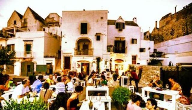 locorotondo-puglia-giorno-d-oro-italia-golden-day-italy
