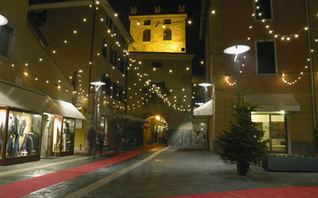 Mercatini-Natale-Christmas-Markets-Italy-Garda-Bardolino-Rossella-Rebonata