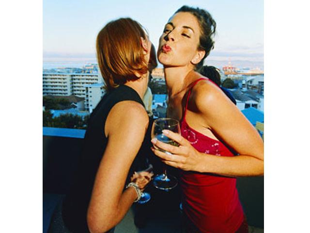 galateo-del-bacio-etiquette-kiss