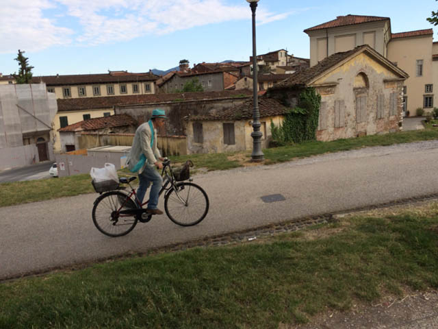 Lucca_StudentessaMatta8