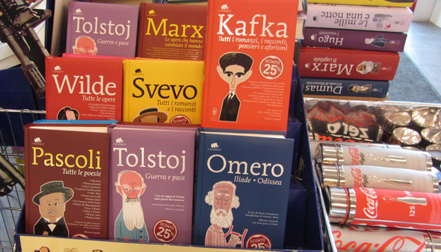 Book selection at the Autogrill better that a U.S. College Book store!