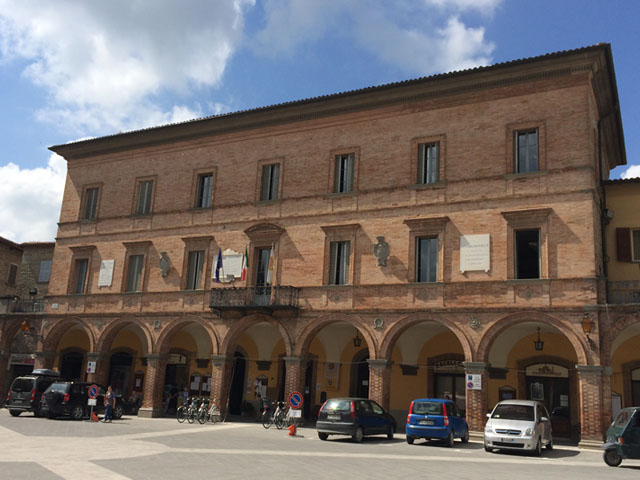leMarche_Mercatello_StudentessaMatta3