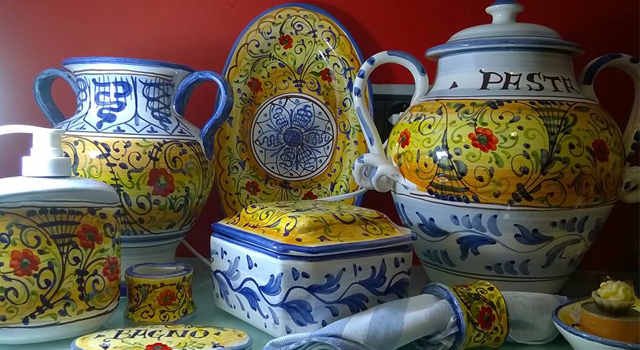 ambra-pampaloni-mie-ceramiche-visiting-ceramic-shop-florence-youtube-video