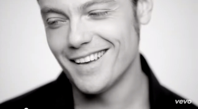 TizianoFerro_StudentessaMatta1