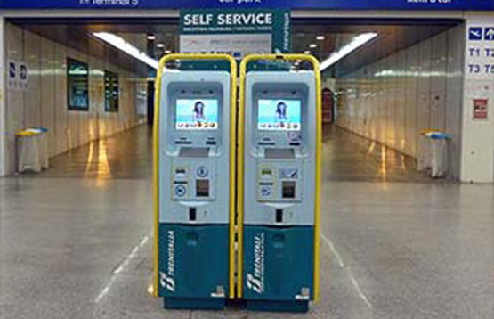 buy-train-ticket-automated-machine-Italy