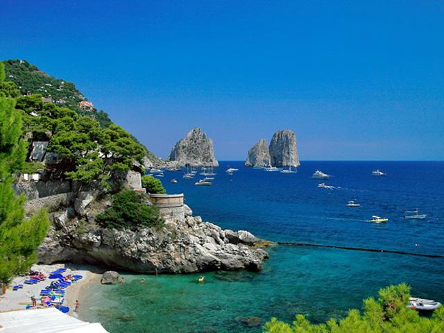 italian-language-homestay-southern-italy-amalfi-coast-pompeii-antonella-francesco