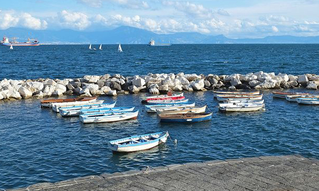 Napoli-Unplugged-Guide-Naples-Author-Bonnie-Alperts-guest-post