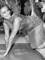 Sophia Loren Grauman Theater