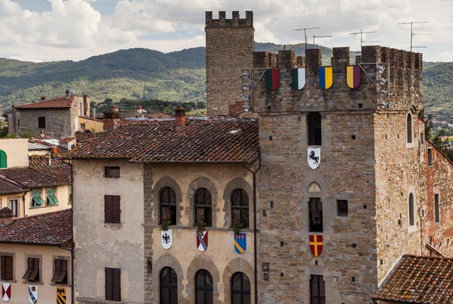 joust-arezzo-giostra-learn-italian-italy