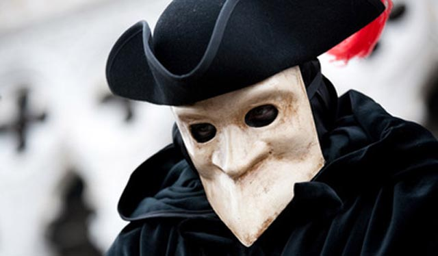 italian-chat-carnival-masks-costumes
