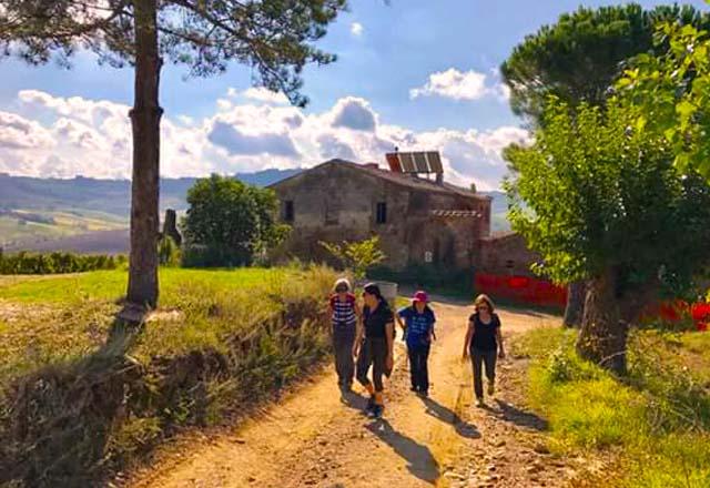 Montepulciano-Sasso-Study-Italian-Studentessa-Matta-Learn-Italian-Italy