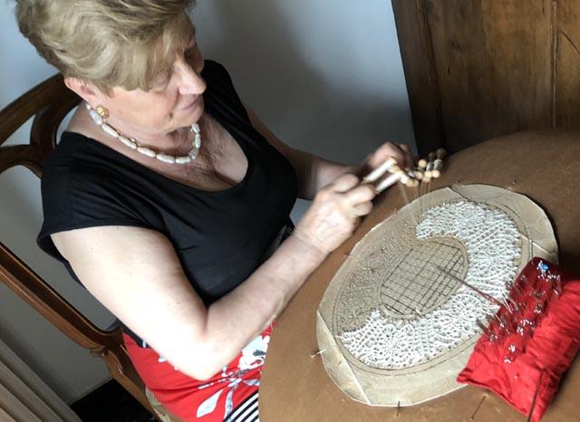 arte-merletto-tombolo-ancient-lace-making-art
